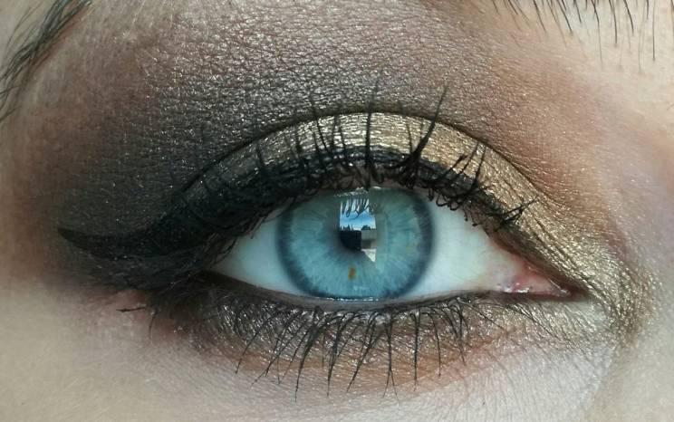 Makeup ABH 2