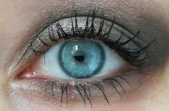 makeup kate von d 2