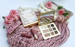 La collection Just Comes Naturally de Too Faced