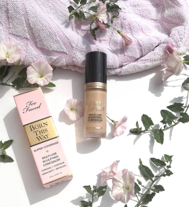 Anticernes Too faced