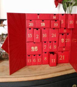 Le calendrier de l'Avent Lookfantastic : mon calendrier de Noël préféré !