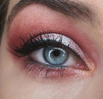 chrome paint makeup tarte